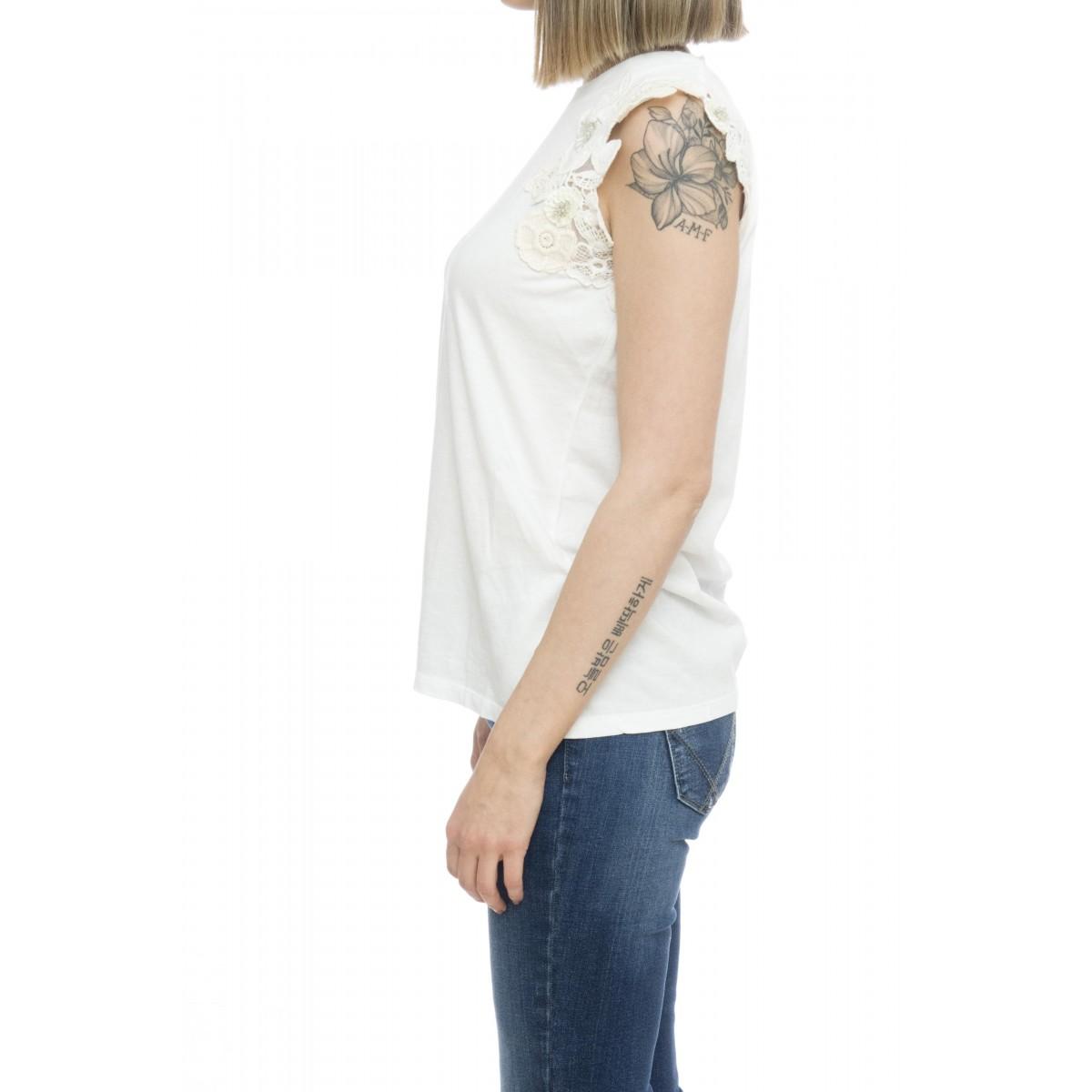 T-shirt donna - 2201 t-shirt ricamo senza manica