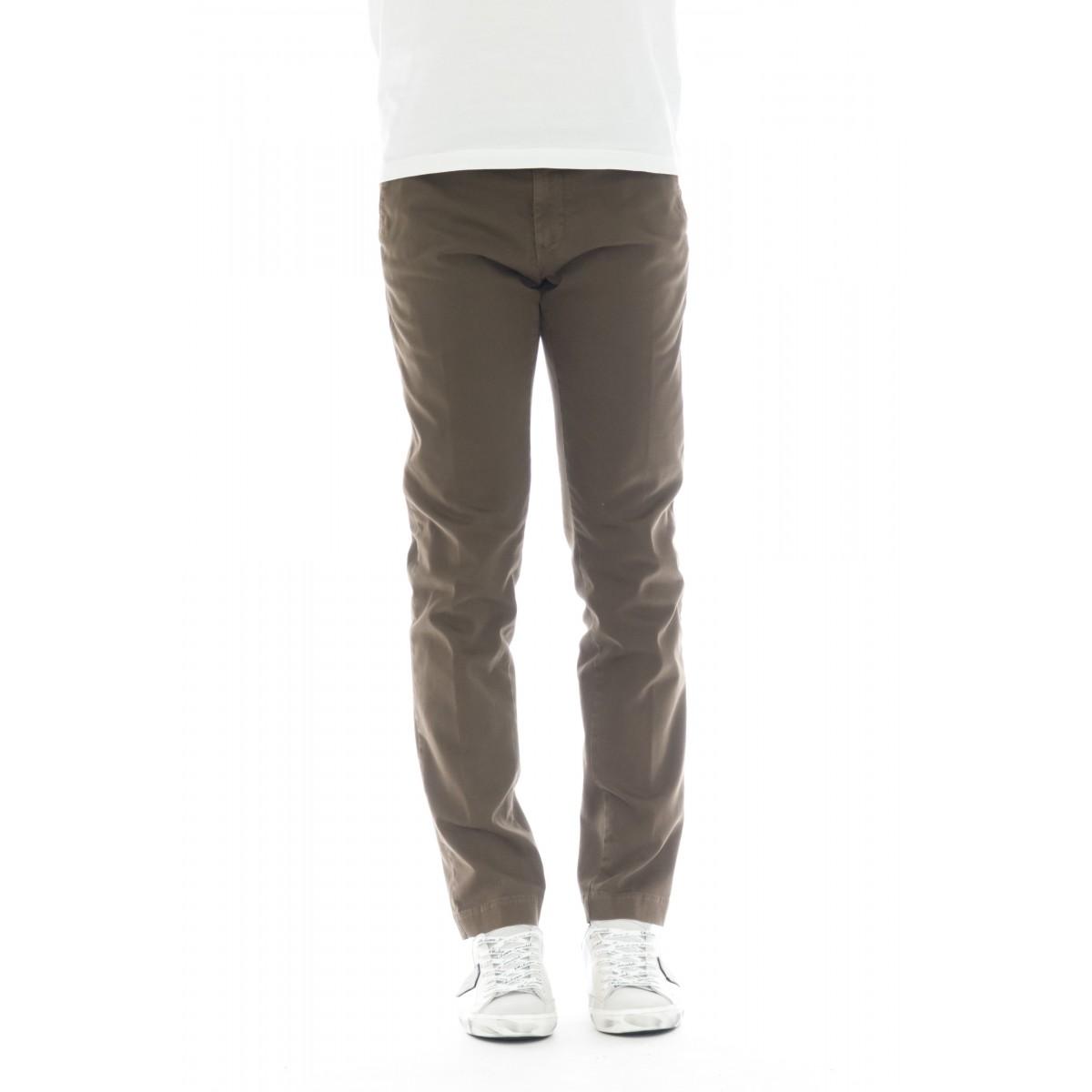 Pantalone uomo - 08l 05 gabardina strech slim lavata