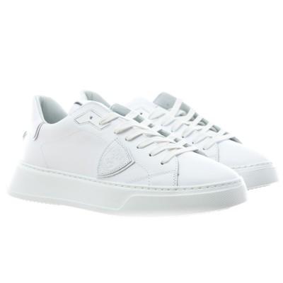 靴-Btlu寺院はすべて白