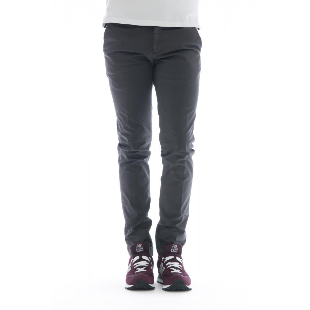 Pantaloni - 08l 83 gabardina tinto capo lavata